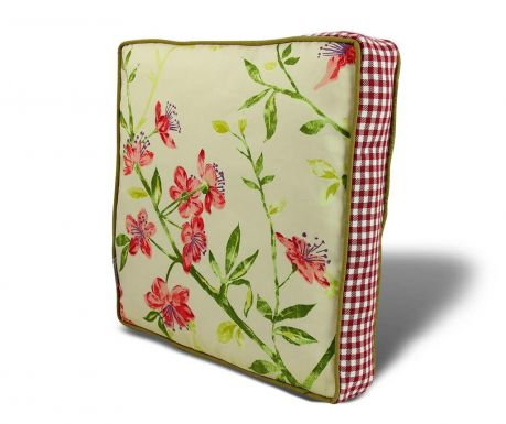 Seat cushion Gentle Flowers 42x42 cm