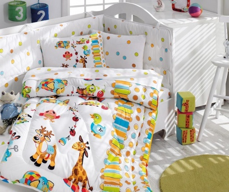 Otroška posteljnina in prešita odeja Ranforce, prešita odeja in zaščita posteljice Ranforce Giraffe