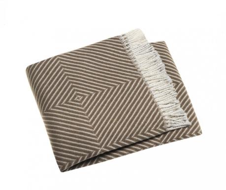 Priročna odeja Tebas Chestnut 140x180 cm