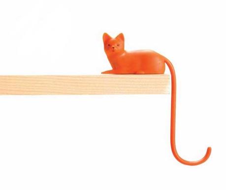 Ginger Cat Fogas monitorra