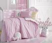 Zaščita za otroško posteljico Clouds Pink 40x210 cm