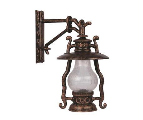 Zidna svjetiljka za vanjski prostor Toshiko Brown