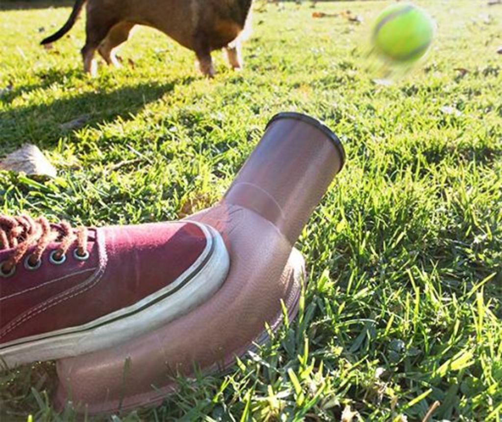 Aruncator de mingi pentru caini InnovaGoods Playdog